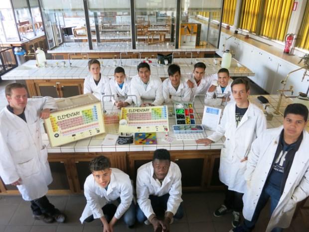 Chemieafdeling-Don-Bosco-Hoboken-Foto-Patrick-Van-Dyck