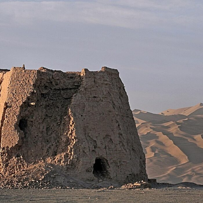 By-The-Real-Bear-Summer-Vacation-2007-263-Watchtower-In-The-Morning-Light-Dunhuang-Gansu-Province-CC-BY-2.0